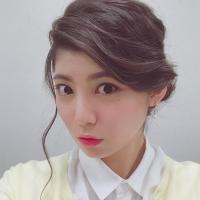 女優 明日香のコラム「小顔に見せるヘアスタイルについて」