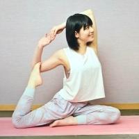 女優 明日香のコラム「最近流行の挑戦的なメンズパーマ!!」