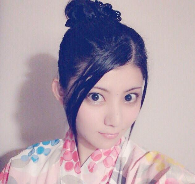 蜜 ショート 壇 髪型