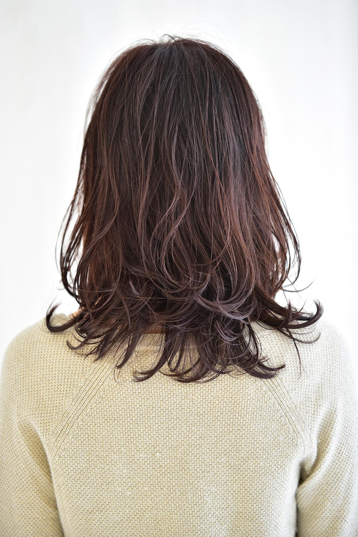 長め前髪にワンカール、バックスタイル1