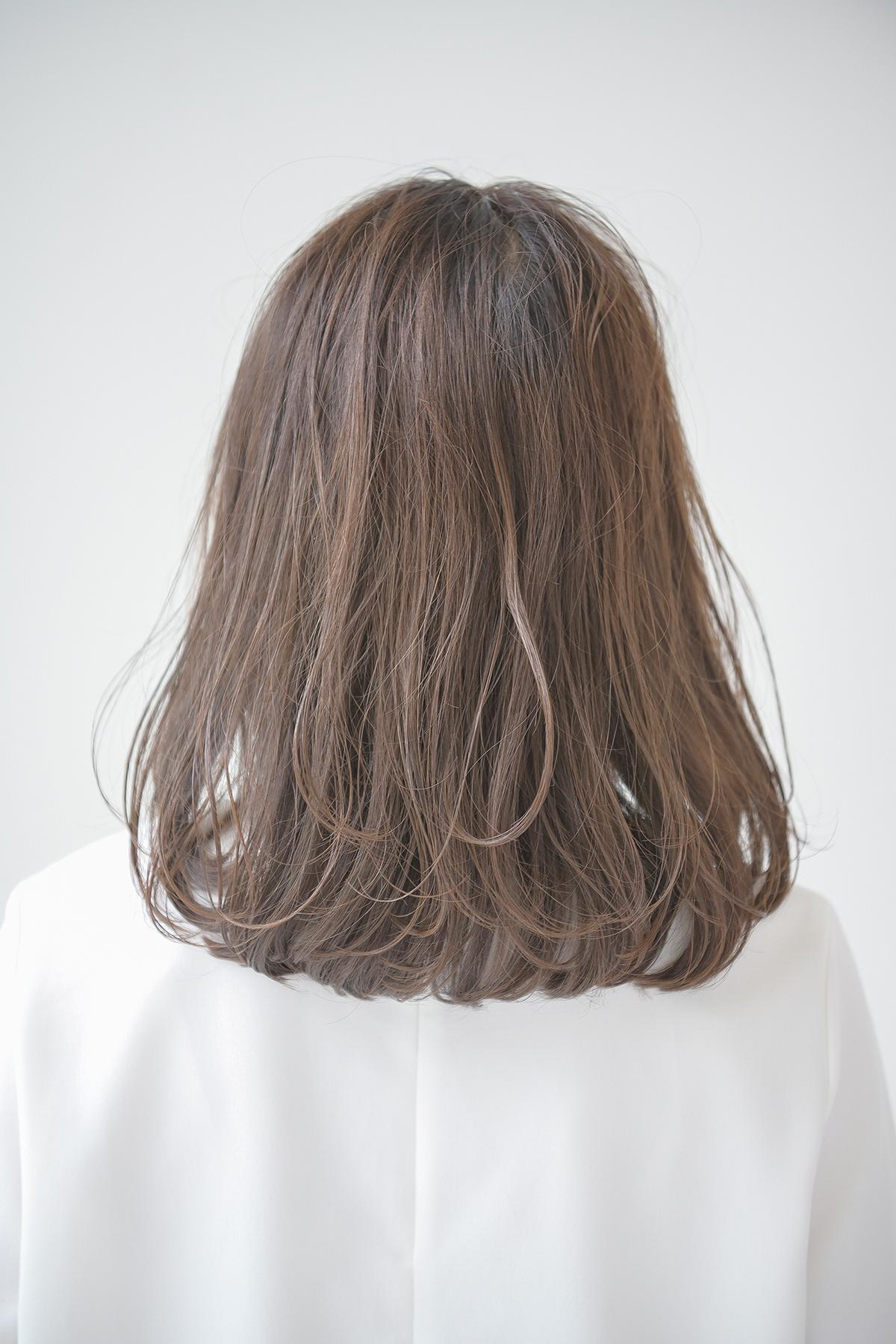 長め前髪にワンカール、バックスタイル2